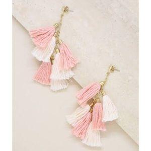 NWT Ettika Daydreamer Tassel Peach Gold Earrings